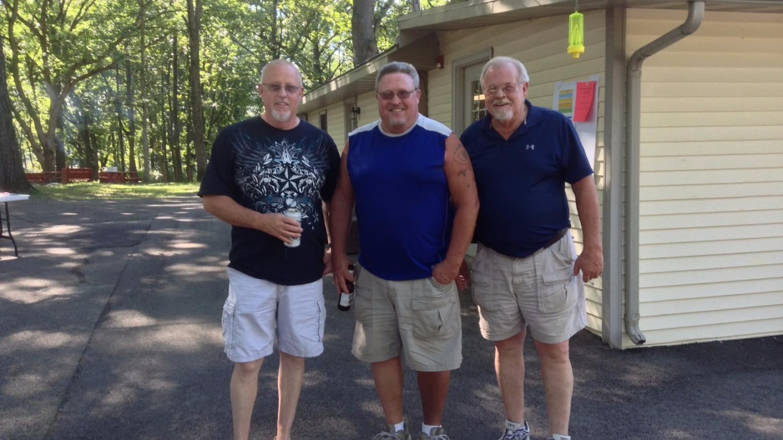 Image in support of: VIEW SLIDESHOW: CWA Local 4250/CTU #16 & RMC Picnic – September 3, 2016 – Shady Oaks Campground, Homer Glen, Illinois